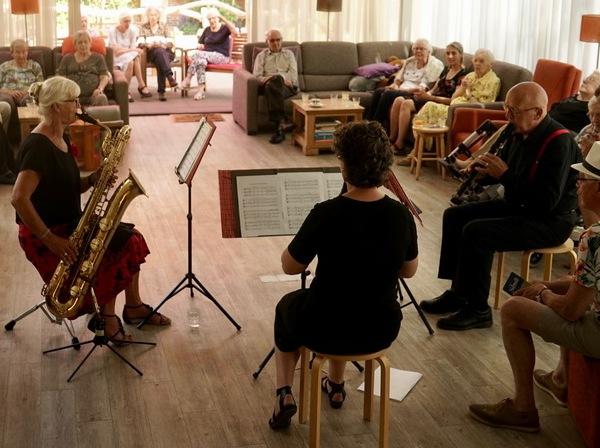 Aan muziek geen gebrek in Herbergier Tilburg